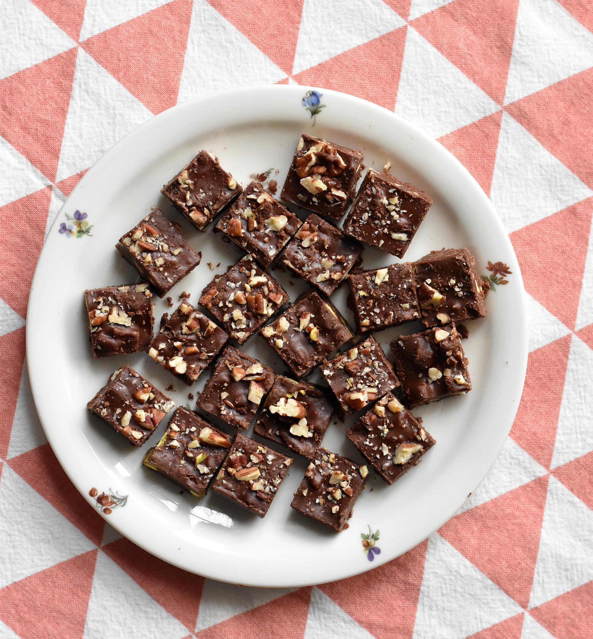 טראפלס שוקולד וטחינה