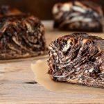 עוגת רוגלך במילוי שוקולד ונוטלה