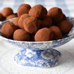 טראפלס שוקולד וליקר דובדבנים