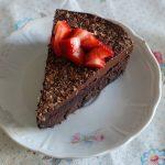 עוגת שוקולד פאדג' ללא קמח מ-5 מצרכים בלבד