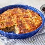 ספנקופיטה – מאפה פילו עם גבינות ופטריות