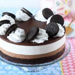 עוגת גבינה חצופה עם בראוניז, מוס שוקולד ושכבת טראפלס