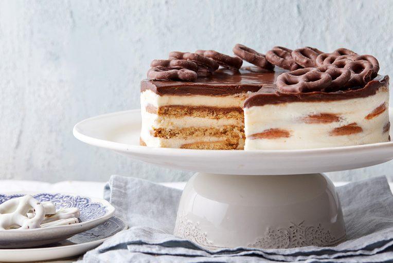 עוגת גבינה ביסקוויטים. צילום: טל סיון צפורין סטיילינג: אינה גוטמן