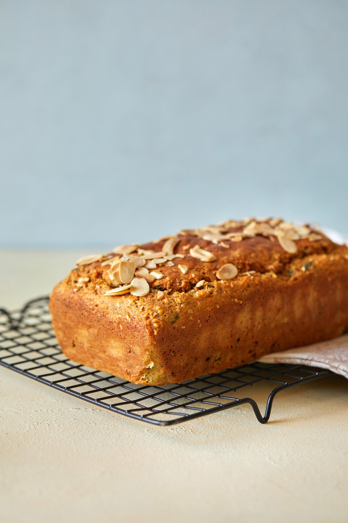 לחם עדשים כתומות. צילום: טל סיון צפורין